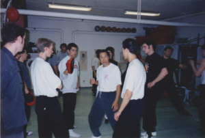 Ted Wong undervisar front hand lead in 1999